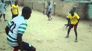 futebol de rua em Angola