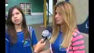TRAVESTI BUSCA DIREITO DE FREQUENTAR O BANHEIRO FEMININO DE COLÉGIO ONDE ESTUDA 200213 - YouTube