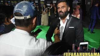 Suniel Shetty Is Looking Forward To Athiya Shetty's 'Mubarakan' | A Gentleman | IIFA New York