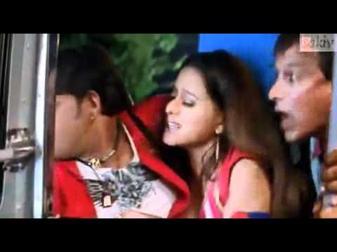 girl boob press in bus very hot.mp4