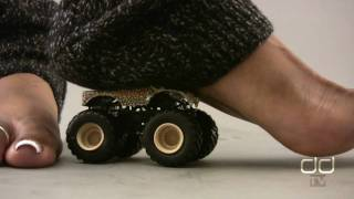 Darla TV - Giantess Ebony Feet Battle Tiny Monster Truck