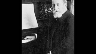 Saint-Saëns plays the opening of his 2nd piano concerto