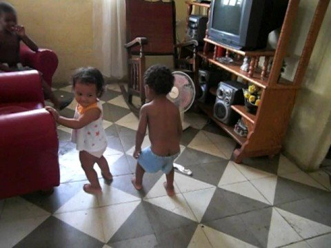 Cuban kids dancing reggaeton