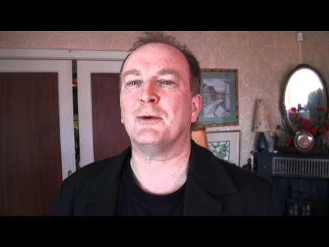 Paus leser dikt, i serien: norske kjendiser bidrar med egenprodusert poesi :))