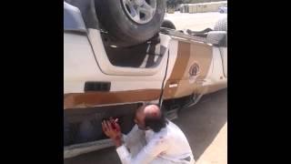 حادث إنقلاب جيب شرطة على طريق الملك فهد بالرياض