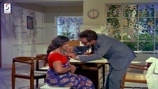 Dr. Mangal And Hot Patient - Funny Scene @ Aankh Micholi - Rakesh Roshan, Bharati