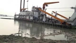 পদ্মা ব্রিজের দানবাকৃতি ড্রেজার দিয়ে নদী খনন   Monster dredger is working for Padma Bridge, Owo !!