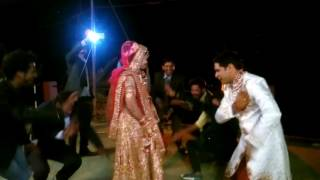Gadwali song saruli with dulhan dhulla amazing dance