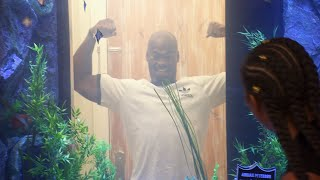 Adrian Peterson's Aquarium Is Filled To The Brim With Bling | Tanked
