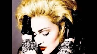 "Madonna ""Give me all your love"" (feat. Nicki Minaj & MIA)"