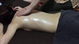 アロマオイルマッサージ無料モニター31歳女性 男性セラピストマッサージ