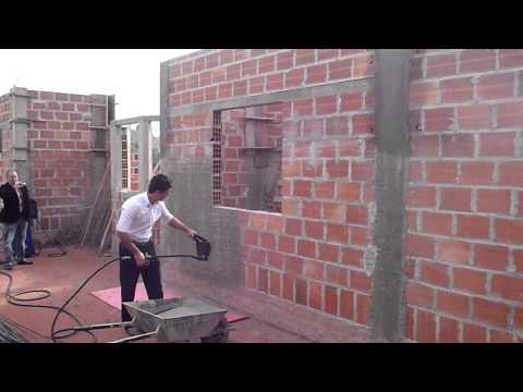Máquina de Chapiscar e Rebocar Treinamento Construtora LR Brasil Campos do Jordão SP