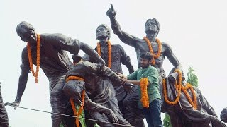 Kanhiya Kumar pays floral tributes to poet 'Dinkar', ABVP cleanse statue with Gangajal