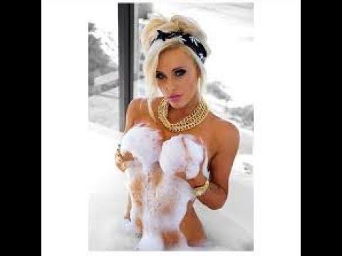 Xxx Mp4 Sexy Bathroom Fun With Girls Video 3gp Sex