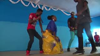 Caro (Bosslady) twerks! to Katika at Kisii University