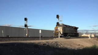 Union Pacific ES44AC #5289 slips past blinking Red signal @ Sparks Nevada 9/17/15.