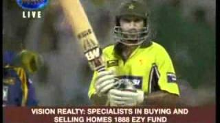 Shahid Afridi 6 Sixes in over - Video.flv