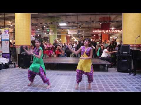 Xxx Mp4 Hot Indian Dance Off 3 Prelims Bhangra Sisters 3gp Sex