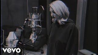 Julia Michaels - Jump (Acoustic)