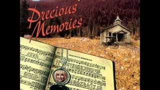 Dolly Parton 04 - Church In The Wildwood