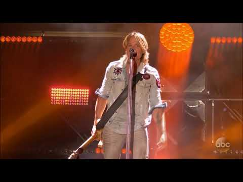 """Keith Urban sings """"Never Comin' Down"""" Live in Concert June 2018 in HD 1080p"""
