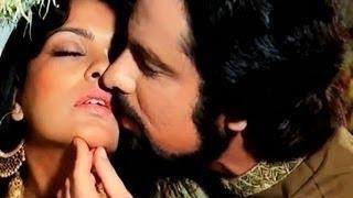 Maine Poochha Chand Se - Abdullah (1980) - Md Rafi for Sanjay Khan - Lyrics in Description