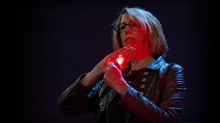 How we can use light to see deep inside our bodies and brains | Mary Lou Jepsen