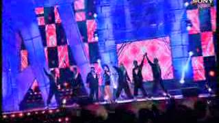 Hard Kaur sets the stage on fire at the Wow Awards 2011