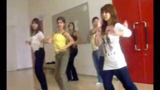 SALMAN KHAWAJA FRIEND FAMILY GIRLS DANCE