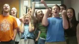 شاهد الشباب الأمريكيين يغنون أغنية كركشنجى احمد عدويه