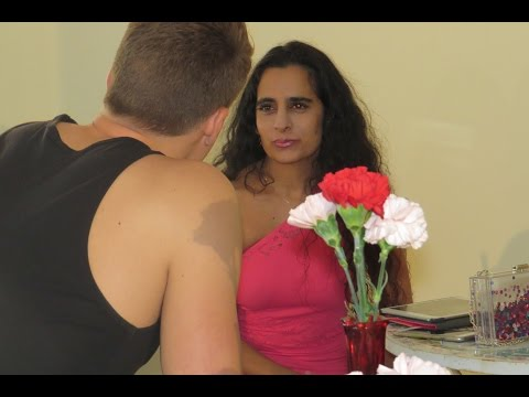 CYBER ROMANCE - COMEDY MEN WOULD LOVE TO WATCH - DATING, SEX AND RELATIONSHIPS! NOT A CHICK FLICK!