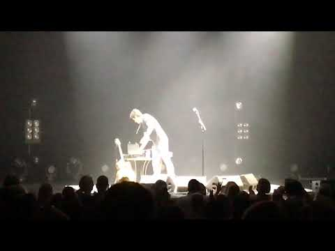 John Mayer Acoustic - Waiting on the World to Change & Born and Raised encore-Baltimore 1072018