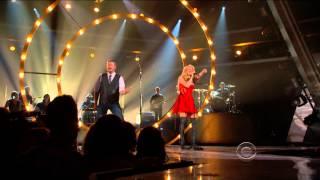 Shakira - Medicine (feat. Blake Shelton) (Live at ACM Awards 2014-04-06)