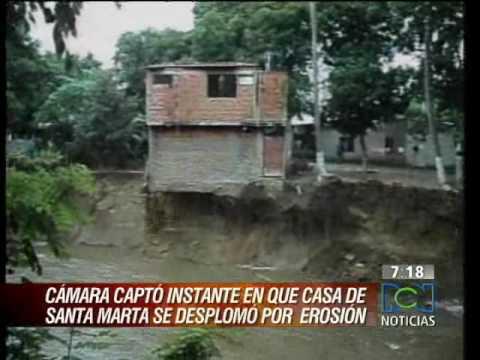 Impresionante desplome de una casa en Santa Marta