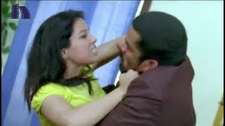 Posani Krishna Murali Enjoying With His Office Assistant - Posani Gentleman Movie Scenes