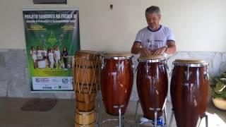 Projeto Tambores na Escola abre espaço para aulas de percussão de mão.