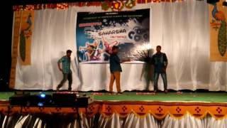 Nammavemo gani dance by Richards and anudeep Jntu