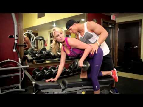 CarlieStyle/DON'T BE THAT GIRL AT THE GYM