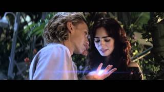 Mortal Instruments - Greenhouse kiss