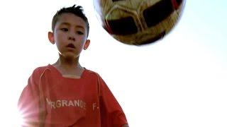 China inagura escuela para convertirse en un gigante del fútbol - BBC Mundo