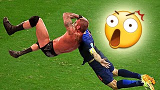 BEST SOCCER FOOTBALL VINES - GOALS, FAILS, SKILLS (part.14)