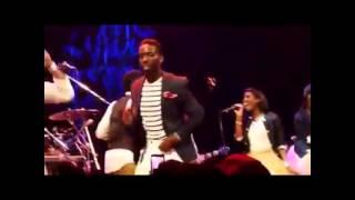 Tye Tribbett praise break medley (MUST SEE)