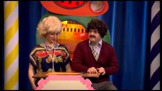 Güldür Güldür Show - 17 Bölüm / Kaynanan Seviyormuş