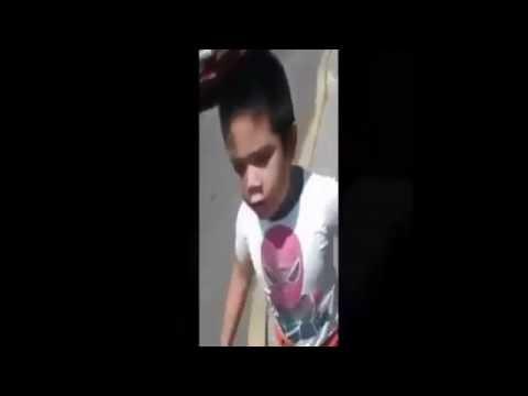 El Tanque Niño grosero se pone celoso de su hermana