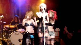 The Pretty Reckless June 2011   Goin' Down live at C Club Berlin