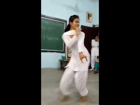 Bolan Me Ke Totta Sai Haryanawi Very Hot Desi Dance by Desi College Girl in Classroom, Sapna