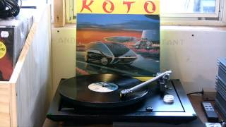 Rega P25 plays Koto - Jabdah (Long Version)