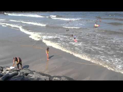 PRAIA COM AS SURFITAS