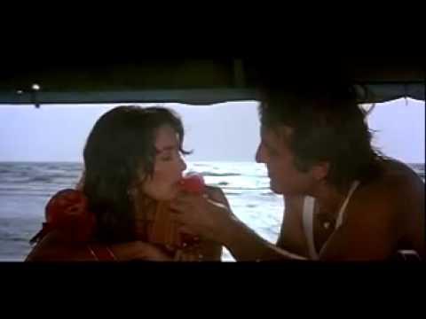 Madhuri Dixit Sexy Kiss Scene-HD Madhuri Dixit and Vinod Kha