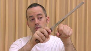 Describing a Knife in English - How to Develop English Fluency and Speaking Confidence